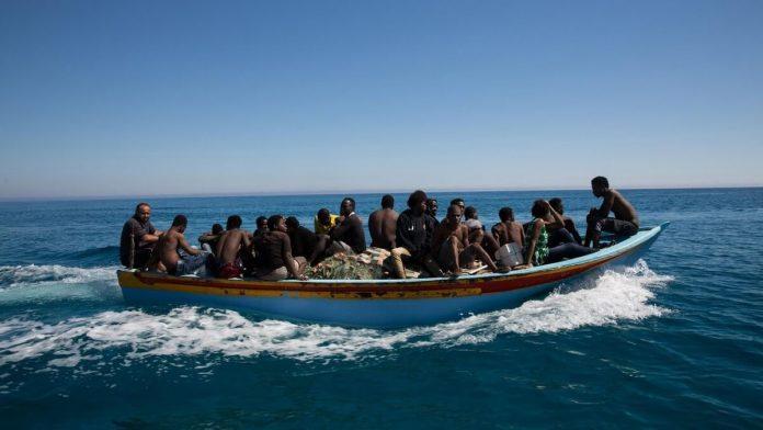 Kanarai 319 neteisetu migrantu pasieke Kanaru salu pakrantes sia savaite 1