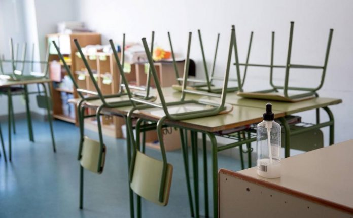 Ispanijos-svietimo-ir-mokslo-ministerija-pranesa-mokslo-centrai-turi-buti-pasirenge-rugsejo-15-ai-dienai