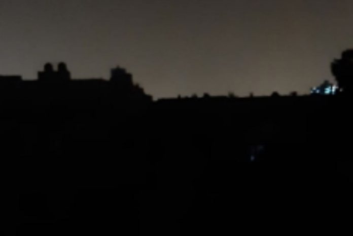 Kanarai Gran Canaria sostine liko be elektros