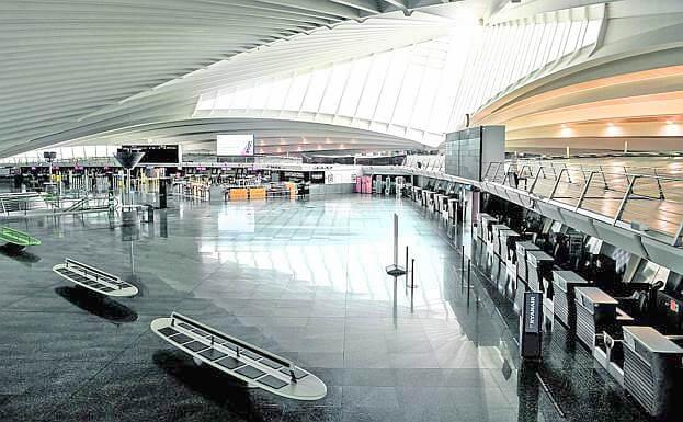 Kanarai turistu laukia bet sie neskuba ir negali atvykti (2)