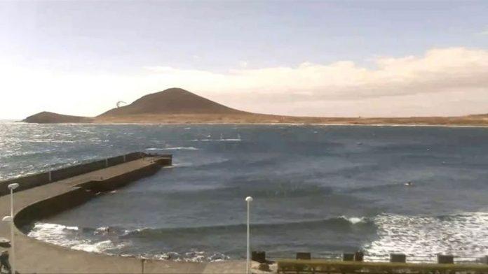 Tenerife Po pakartotinio tyrimo Granadilloje vel leista maudytis El Medano papludimyje