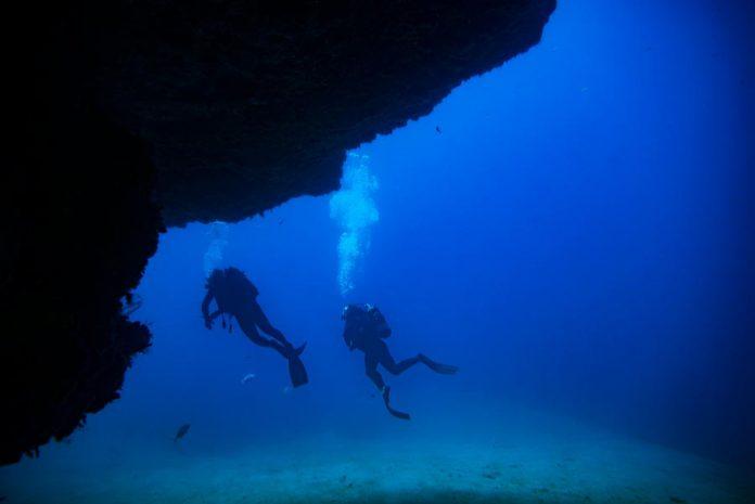 Gran Kanarijoje zuvo nardytoja, 40 metru gylyje tyrinejusi laivo nuolauzas