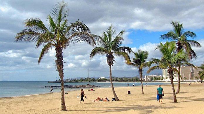 Esant dabartinei epidemiologinei situacijai, Kanaru saloms gresia eilinis turistu netekimas